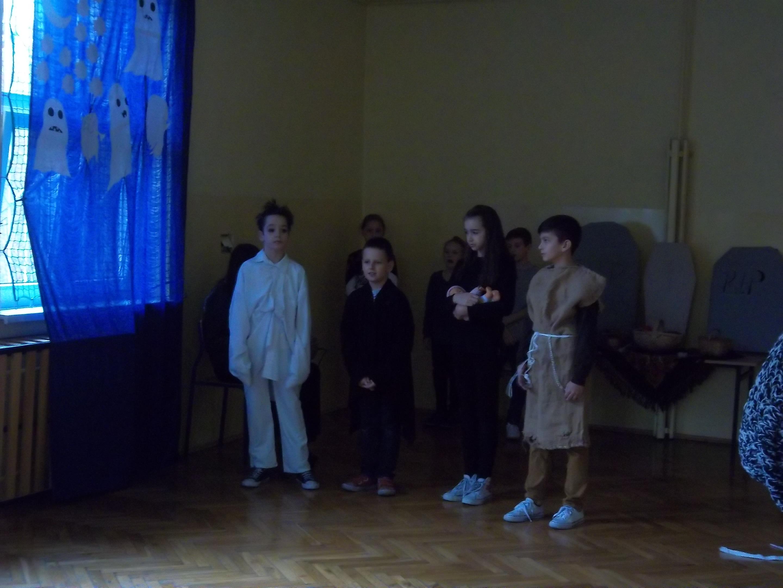 Aktorzy w scenie II